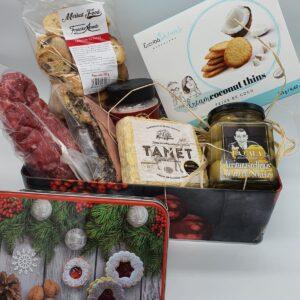 caja de navidad con articulos